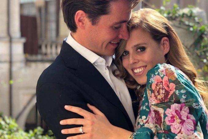 Princesa Beatrice e Edoardo Mapelli Mozzi