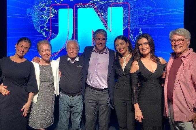 Ex-apresentadores e atuais âncoras do JN se reencontraram em festa para comemorar os 50 anos do telejornal