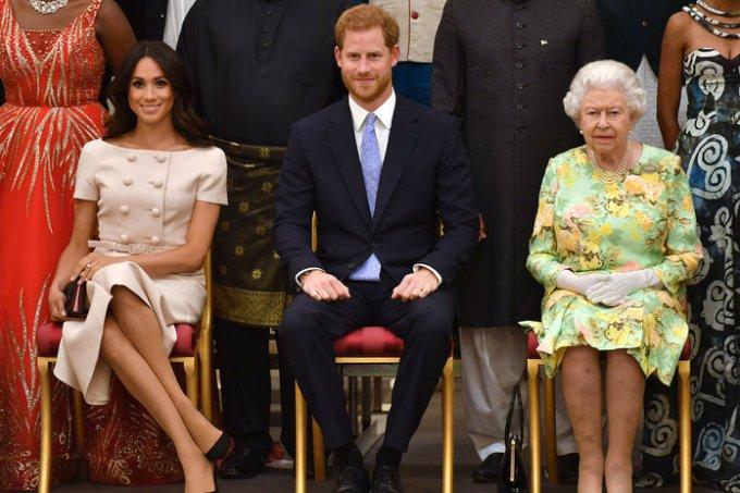 Meghan Markle, Príncipe Harry e Rainha Elizabeth