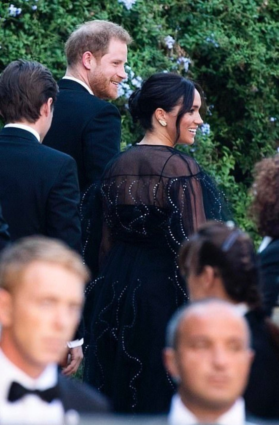 Meghan Markle e Harry no casamento de Misha Nonoo
