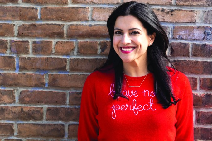 A advogada americana Reshma Saujani criou uma ONG para ensinar programação para meninas e aproximá-las da tecnologia