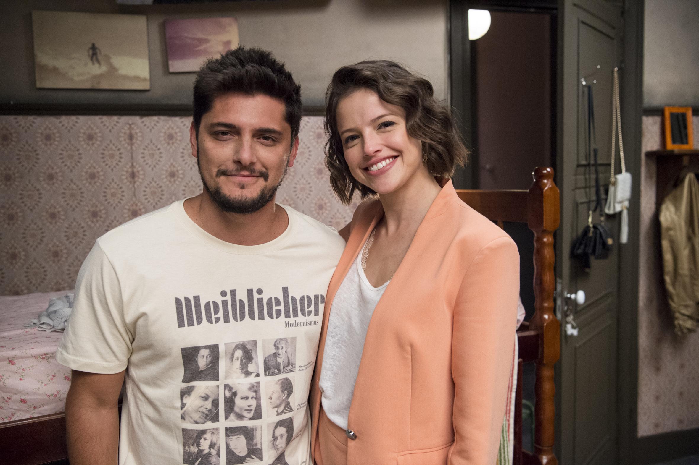 Ator Porno Brasileiro Bruno Ágatha moreira bruno gissoni beijo: cunhados na vida real