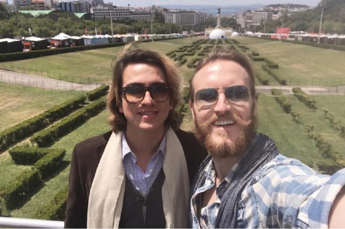 Casal sofre homofobia em Portugal