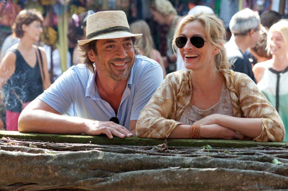 """<strong>Comer Rezar Amar (estreia em 01/11):</strong><span style=""""font-weight:400;"""">Liz decide recomeçar a vida depois do divórcio e viaja pelo mundo em busca de boa comida, espiritualidade e amor verdadeiro. Com Julia Roberts e Javier Bardem.</span>"""
