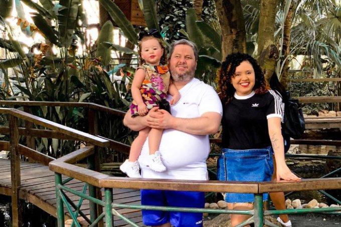 Clarinha com seus pais, Alex Mello e Marlene Mello
