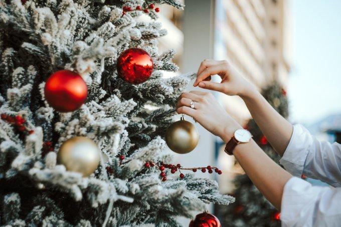 14 árvores de Natal temáticas para impressionar os convidados