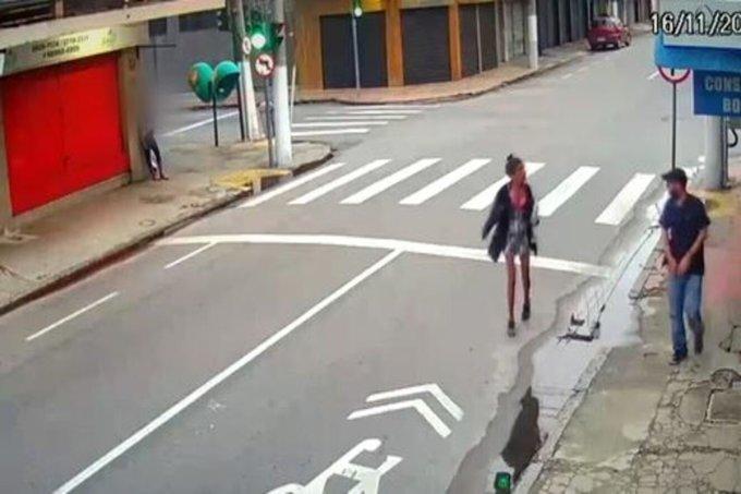 Homem atira em moradora de rua após ela pedir esmolas
