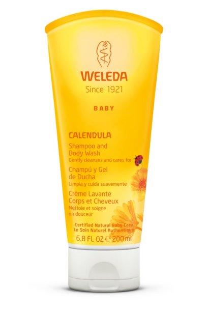 """<span style=""""font-weight:400;"""">Para a pele em desenvolvimento, o ideal é optar por fórmulas delicadas, que limpam suavemente e mantenham a proteção natural, sem ressecá-la. Esse produto 2 em 1 pode ser usado no corpo e nos cabelos, e contém óleo de amêndoas doce, que deixa os fios fáceis de pentear. Sem sulfatos, os agentes de limpeza são vegetais e por isso suaves para a limpeza da pele.</span><a href=""""https://www.weleda.com.br/product/b/babycreme-de-calendula"""">(Shampoo & Body Wash de Calêndula: R$ 46,90)</a>"""