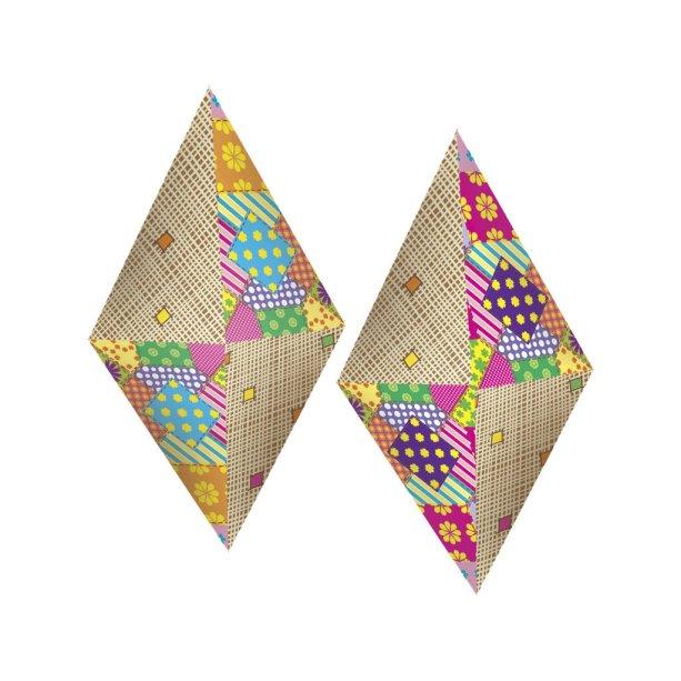"""Balão decorativo de papel cartonado, de 55 x 25 cm. <a href=""""https://www.catelandia.com.br/balao-decorativo-cartonado-para-festa-junina-02-un-catelandia"""" target=""""_blank"""" rel=""""noopener"""">Catelândia</a>, R$ 39,89 com dois"""