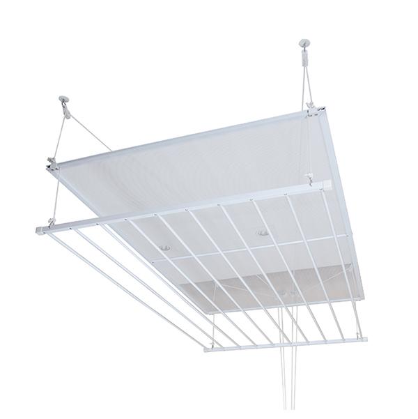 """Varal de teto Seca Malha, com tela superior, de alumínio, com 8 varetas de 80 cm cada. <a href=""""https://www.lojadovaral.com.br/produto/varal-de-teto-tradicional-com-seca-malha/"""" target=""""_blank"""" rel=""""noopener"""">Loja do Varal</a>, R$ 204"""