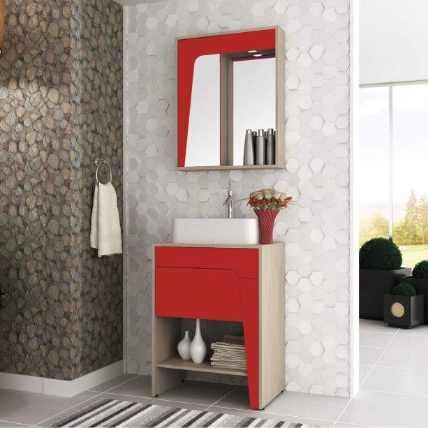 """Conjunto Elisa, com gabinete e espelheira, da Bosi, de MDF, medidas 60 x 43 x 81 cm (gabinete) e 60 x 14x 75 cm (armário superior). <a href=""""https://www.optemais.com.br/Catalogo/Catalogo/Produto/1/46/5646819/casa-e-decoracao/banheiros/gabinetes/conjunto-para-banheiro-elisa-i-taeda-e-vermelho"""" target=""""_blank"""" rel=""""noopener"""">Opte+</a>, R$ 996,99"""