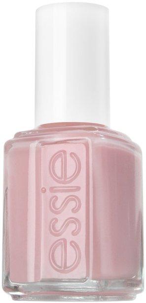 <span>'Eu gosto de deixar minhas unhas naturais e com boa aparências, mas quando escolho um esmalte, gosto desse tom suave de rosa'.</span>