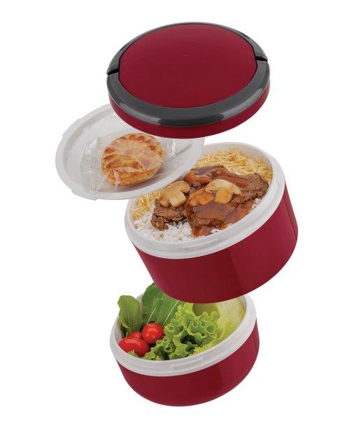"""Marmita Lunch Box Dupla, da Euro Home, de plástico, com dois compartimentos fechados hermeticamente, alça e tampa com saída de vapor. Medidas: 15 x 15 cm. <a href=""""https://www.dinda.com.br/produtos/marmita-lunch-box-dupla-vermelha-1-4l-euro-home"""" target=""""_blank"""" rel=""""noopener"""">Dinda</a>, R$ 37,99"""