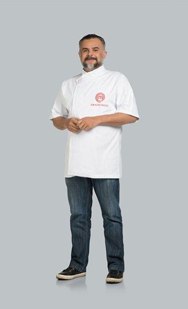Experiente, Francisco Pinheiro começou a cozinhar profissionalmente aos 16 anos, e aos 21 já era chef. Tem como mentor o francêsLaurent Suaudeau. Hoje comanda a cozinha de dois restaurantes.