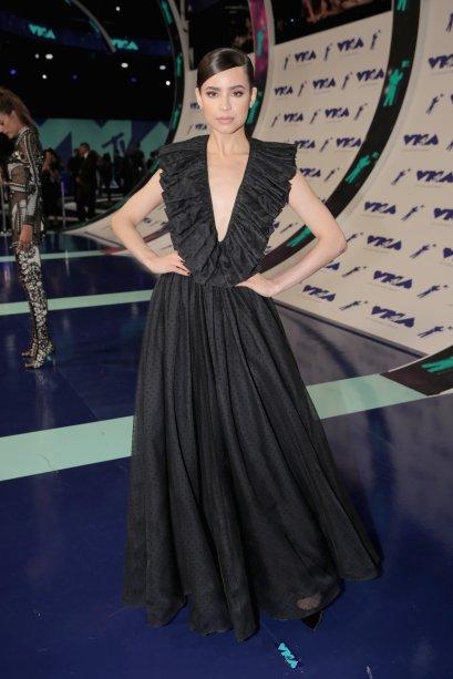 Sofia Carson vestindo Christian Dior