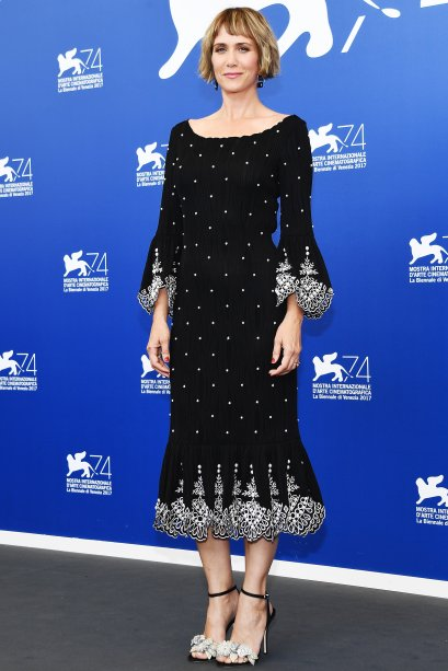 <strong>Kristen Wiig</strong> de <strong>Prabal Gurung</strong> no photocall de <span><strong>Downsizing</strong>.</span>