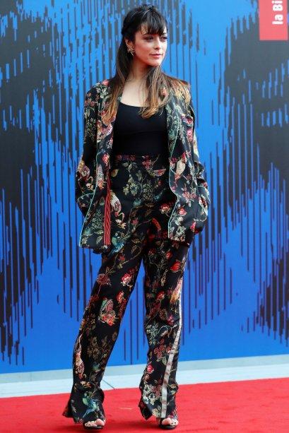 <strong>Valentina Lodovini</strong> na premiação Franca Sozzani, em Veneza.