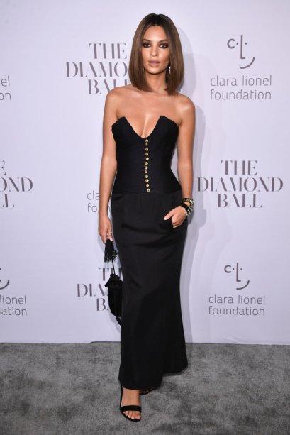 Emily Ratajkowsi veste Chanel vintage