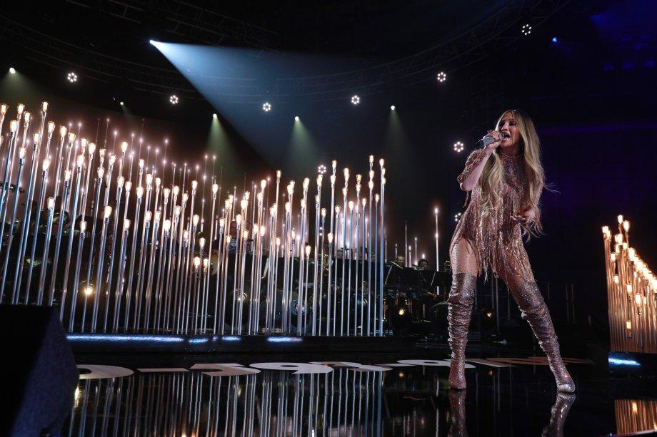 A idealizadora do evento subiu ao palco para abrilhantar a noite.