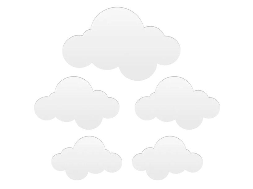 """O ballet Nuvens decorativo com espelho, com cinco, custa R$ 39,90 na <a href=""""https://www.tokstok.com.br/nuvens-espelho-decorativo-c-5-prata-ballet/p?idsku=310892"""">Tok&Stok</a>."""