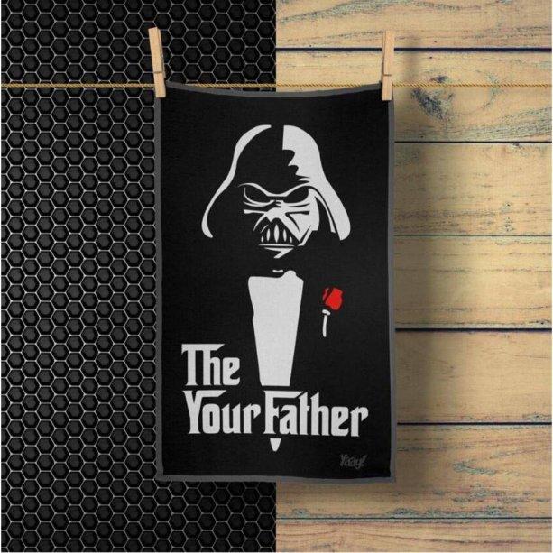 "Pano de prato The Your Father, de microfibra. <a href=""https://www.americanas.com.br/produto/67652201/pano-multiuso-em-microfibra-geek-side-the-your-father?cor=Pano%20Multiuso%20em%20Microfibra%20Geek%20Side%20-%20The%20Your%20Father&pfm_carac=pano%20microfibra%203m&pfm_index=10&pfm_page=search&pfm_pos=grid&pfm_type=search_page%20&sellerId"" target=""_blank"" rel=""noopener"">Americanas.com</a>, R$ 24,80"