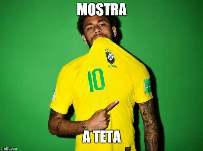 Que isso, Neymar? O atacante é um dos grandes nomes desta Copa e promete fazer bonito. Será que rola homenagem para a Bruna Marquezine quando ele marcar um gol na Rússia? <3