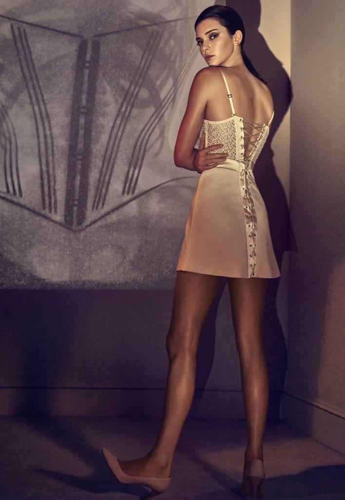 Isabeli Fontana e Kendall Jenner campanha La Perla