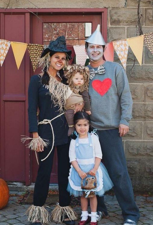 Fantasia de família para Halloween - O Mágico de Oz