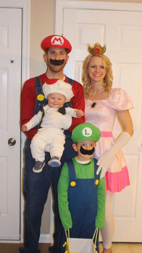 Fantasia de família para Halloween - O Mágico de Oz - Mario Bros