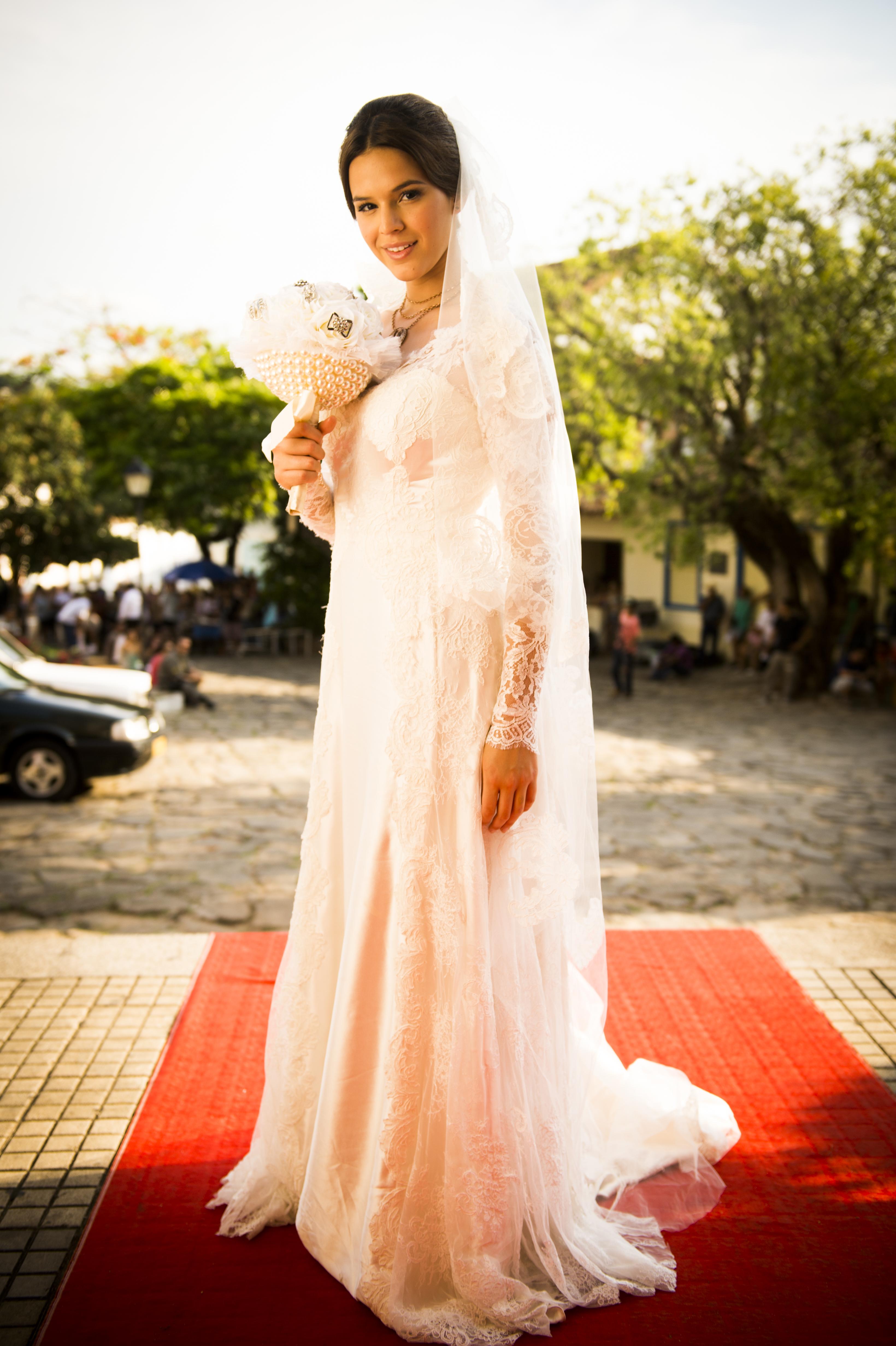 Vestidos de noiva Bruna Marquezine