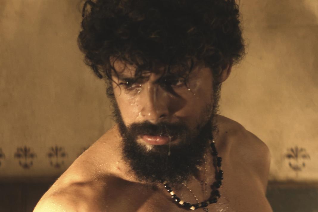 Omar (Cauã Reymond), em 'Dois Irmãos'