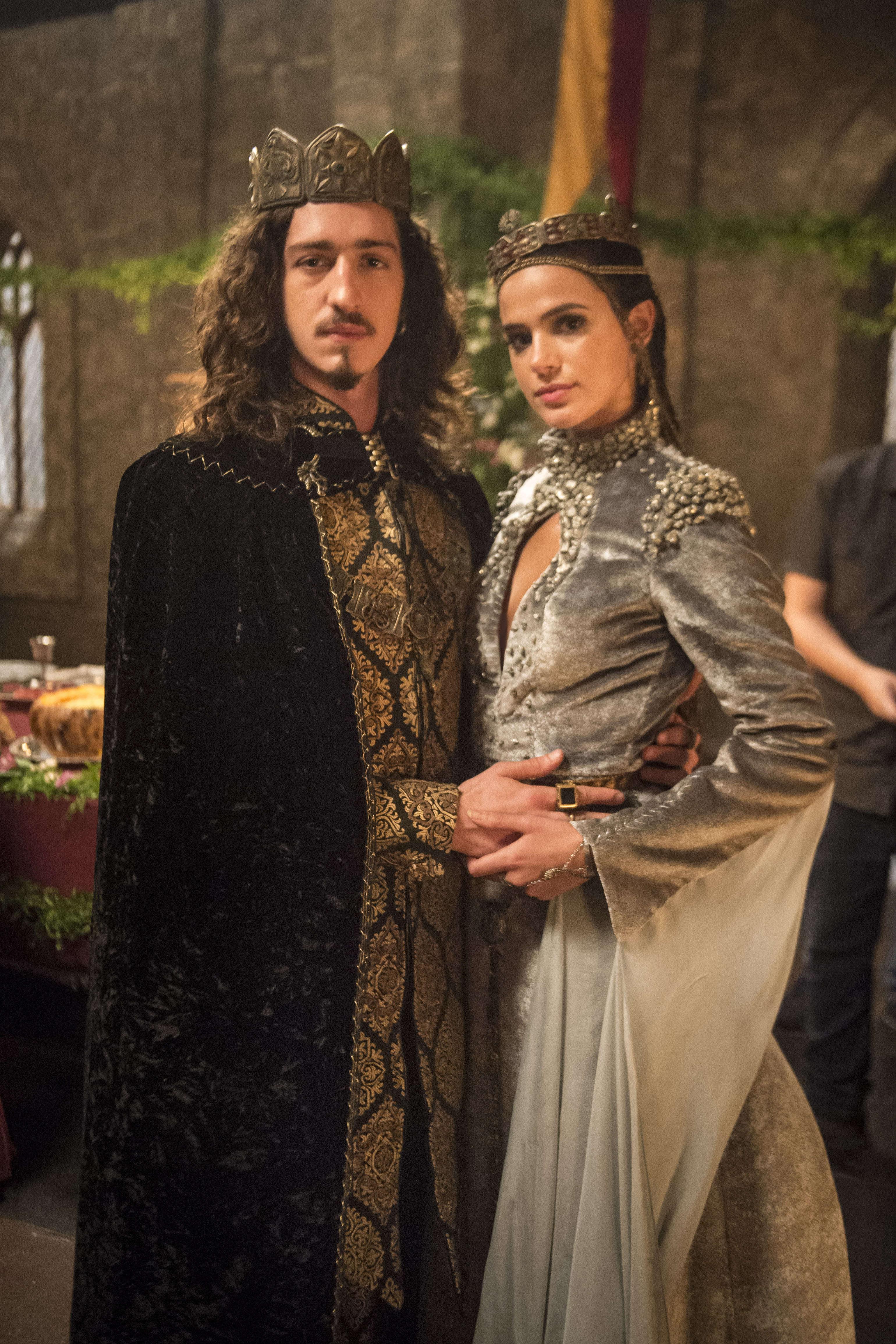 """Em """"Deus Salve o Rei"""", Catarina e Rodolfo se casam"""