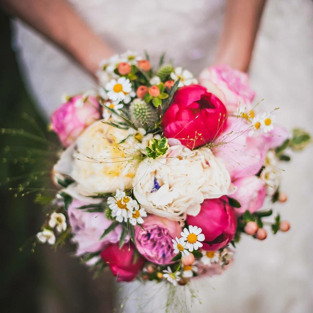 Saiba como escolher as flores naturais do buquê de acordo com os meses do ano