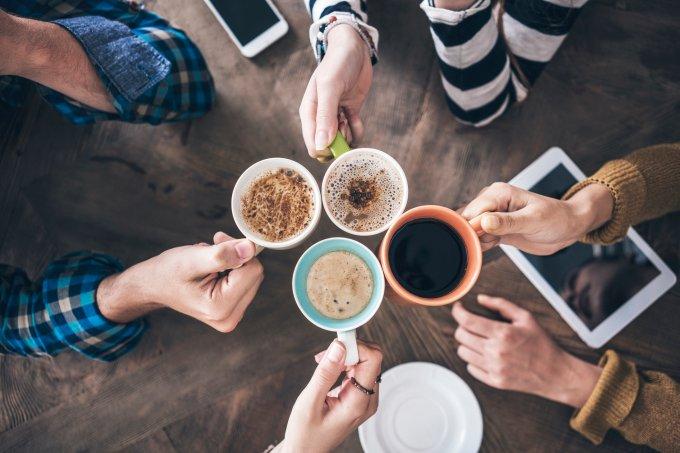 5 maneiras de tirar o café do óbvio em casa