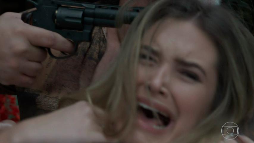 A Força do Querer Simone é sequestrada