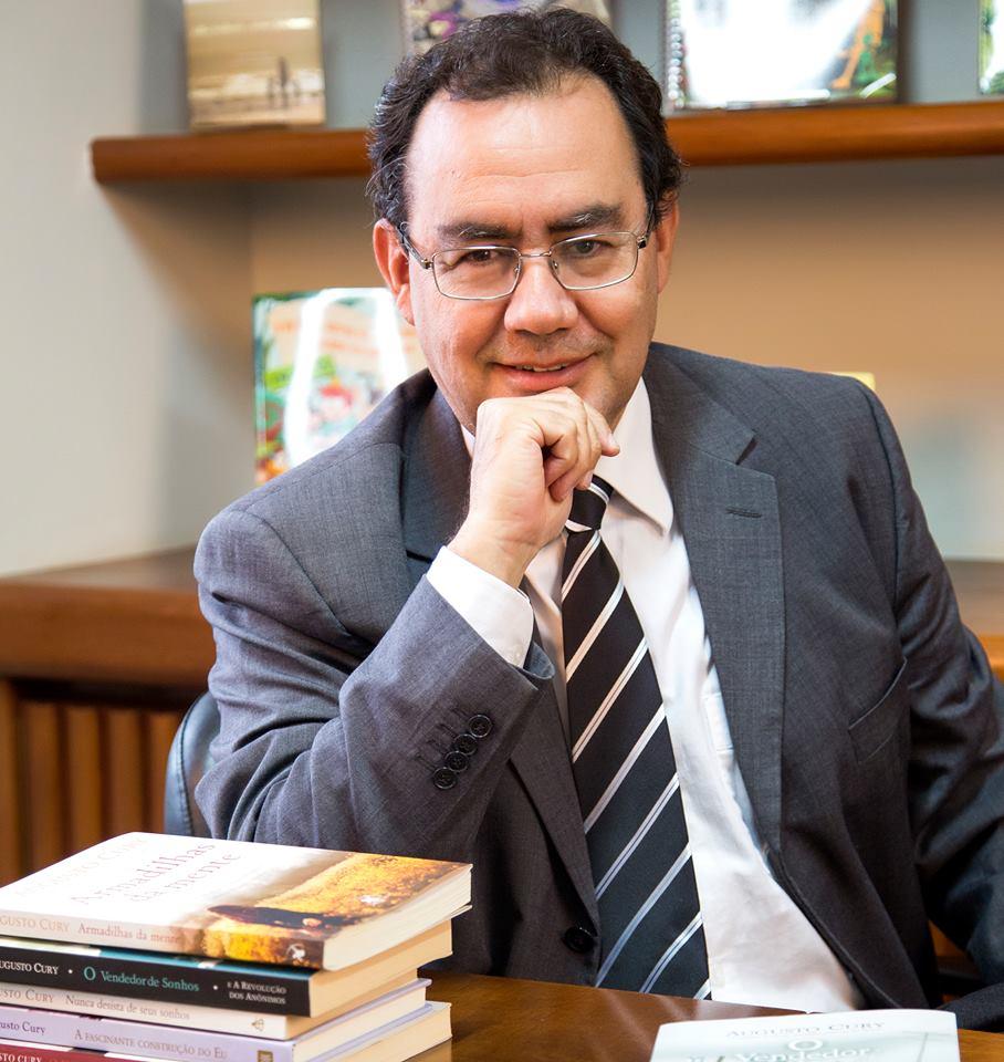 """Augusto Cury: """"religião pode ser fonte de doença ou saúde"""