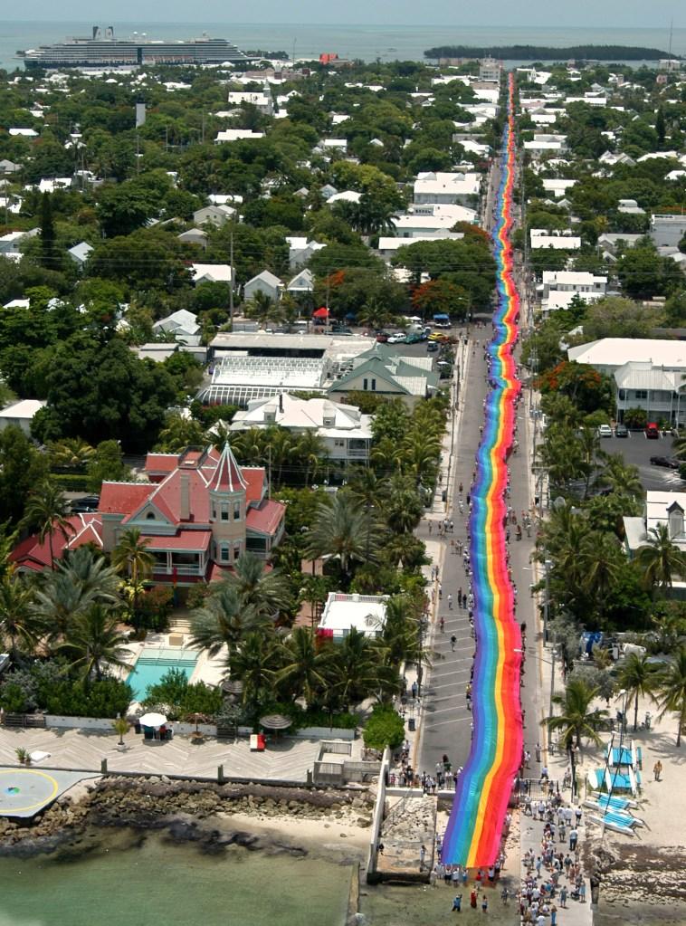 bandeira do arco iris de gilbert baker em key west