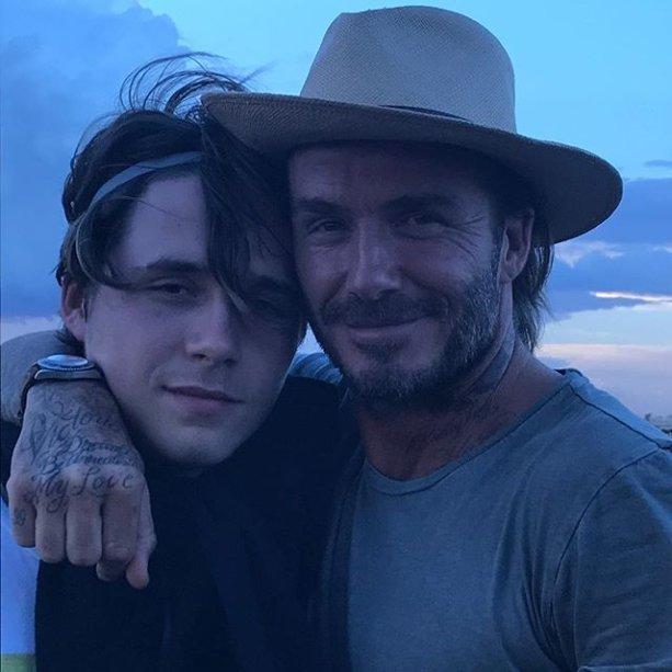 David com Brooklyn Beckham, o mais velho dos filhos, de 18 anos.