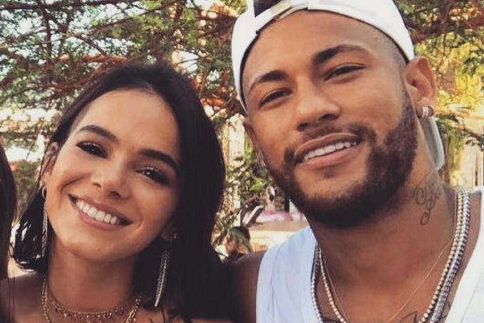 Neymar e Bruna Marquezine em sua festa de aniversário