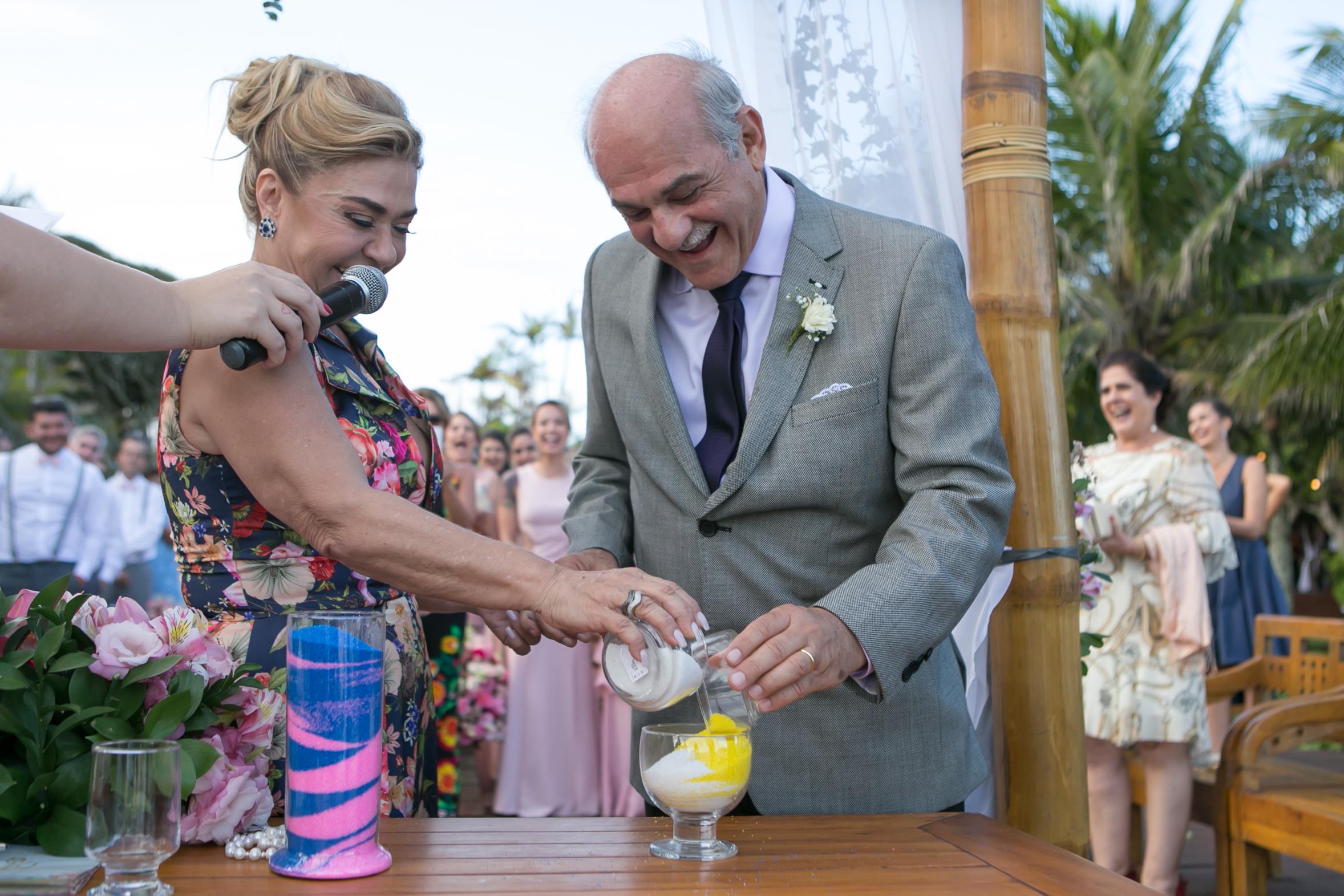Esta noiva fez um casamento surpresa para a mãe no meio da própria cerimônia