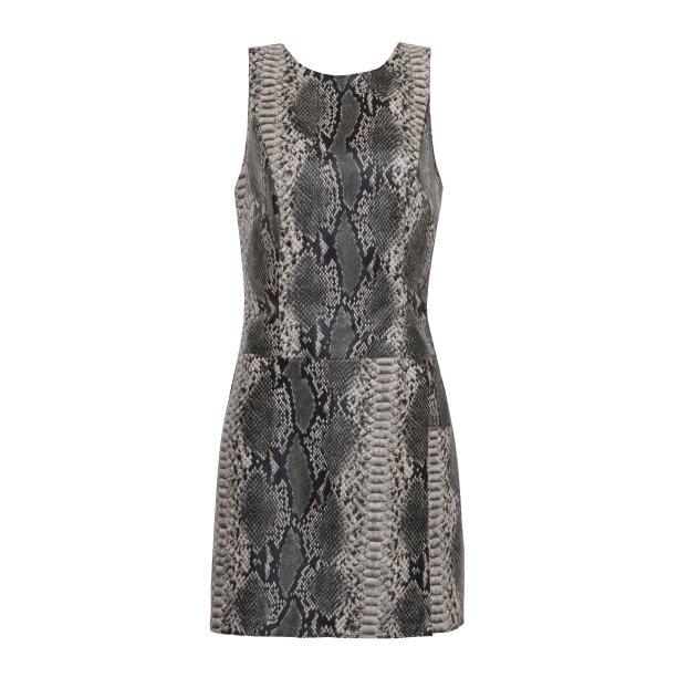 Vestido com estampa de cobra, R$ 249,99. <i>*preços checados em março de 2017.</i>