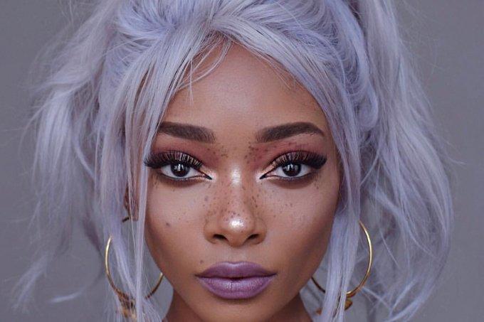Nyané® Lebajoa (cabelo lilás)