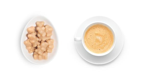Café e bala de gelatina