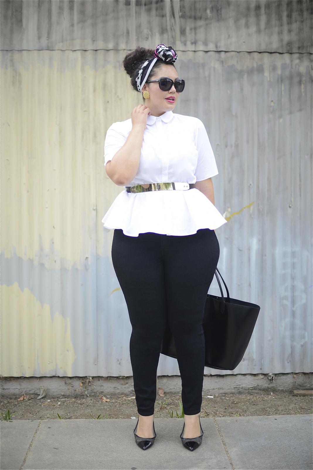 Reprodução/Girl With Curves