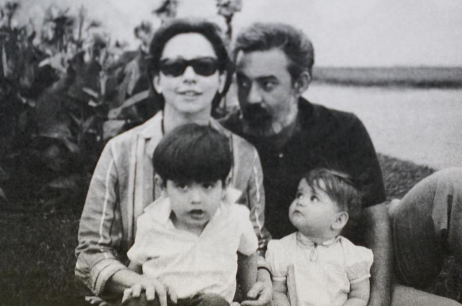 Fernanda Montenegro com Fernando Torres e os filhos