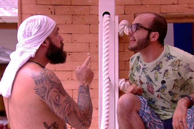 Caruso e Mahmoud discutem BBB18