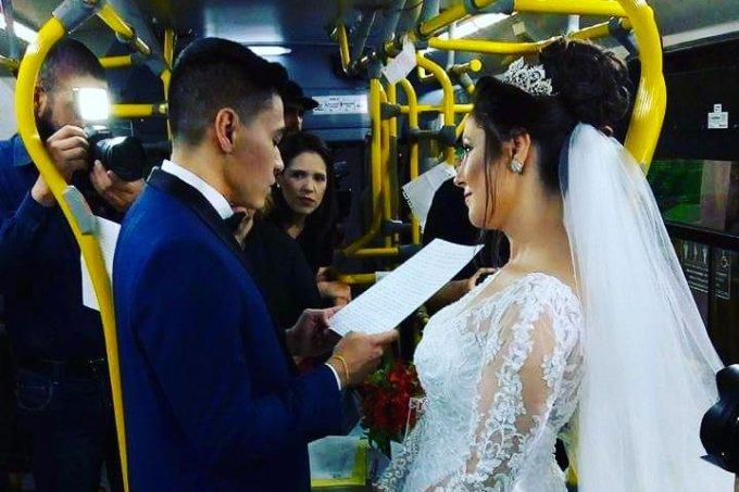 Casamento no ônibus