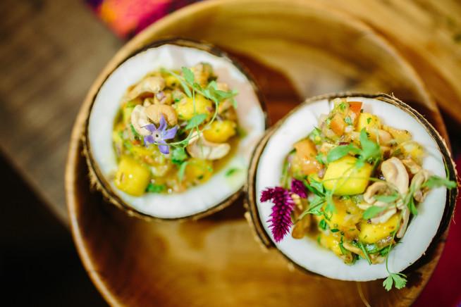 Ceviche vegano de manga no coco