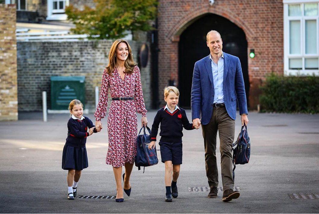 família real charlotte primeiro dia de aula