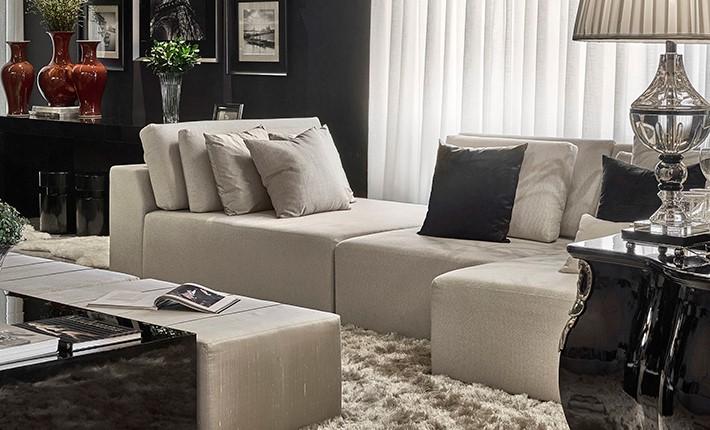 Decoração clássica e contemporânea na sala de estar